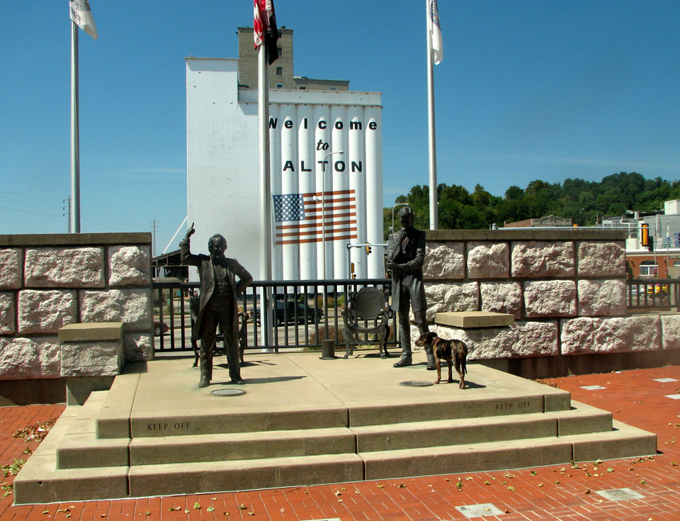 Lincoln Douglas Square, Alton, Illinois
